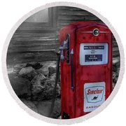 Round Beach Towel featuring the photograph Sinclair Gas Pump Sc by Susan Candelario