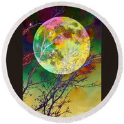 Singing By The Light Of The Moon Round Beach Towel