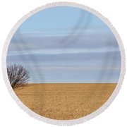Single Tree In Large Field With Cloudy Skies Round Beach Towel