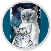 Sini And Nimbus - Cat Portraits Round Beach Towel