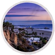 Sitting On The Fence - Santa Monica Pier Round Beach Towel