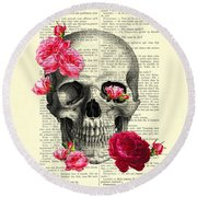 Skull And Pink Roses Round Beach Towel