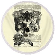 Skull With Hawkmoth Black And White Round Beach Towel