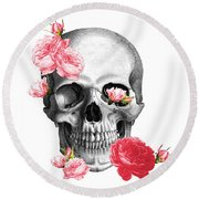 Skull With Pink Roses Framed Art Print Round Beach Towel