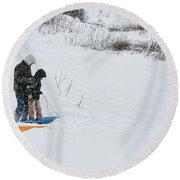 Sledding Round Beach Towel