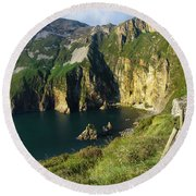 Round Beach Towel featuring the photograph Slieve League Cliffs Eastern End by RicardMN Photography