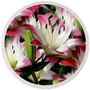 Smiling Lilies Round Beach Towel