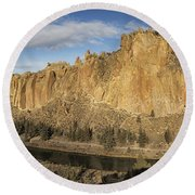 Smith Rock And Crooked River Panorama Round Beach Towel