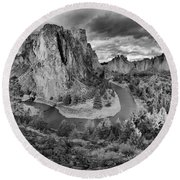 Smith Rock Black And White Panorama Round Beach Towel