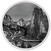 Smith Rock State Park Crooked River Round Beach Towel