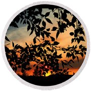 A Dusty Sunset Round Beach Towel