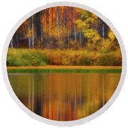 Snake River Fall Colors Round Beach Towel