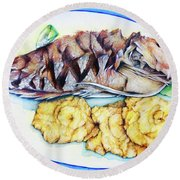 Snapper And Tostones Round Beach Towel