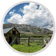 Snider Basin Barn Round Beach Towel