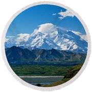 Snow-covered Mount Mckinley, Blue Sky Round Beach Towel