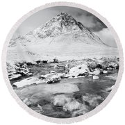 Snow In Glencoe Round Beach Towel