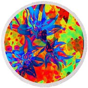 Snow In Sumemr Abstract Round Beach Towel