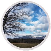 Snow In The High Mountains Round Beach Towel