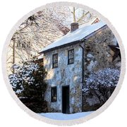 Snow Shanty In West Chester, Pennsylvania Round Beach Towel