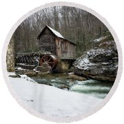 Snowing At Glade Creek Mill Round Beach Towel