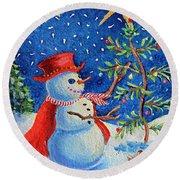 Snowmas Christmas Round Beach Towel