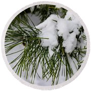 Snowy Branch Round Beach Towel