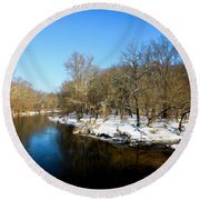 Snowy Creek Morning Round Beach Towel