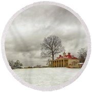 Snowy Mt Vernon Round Beach Towel