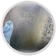 Snowy Owl Christmas Greeting Round Beach Towel