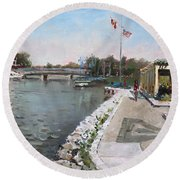 Snug Harbour Restaurant Round Beach Towel