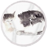 Snuggling Cat Round Beach Towel