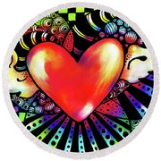 Soaring Heart Coloration Round Beach Towel