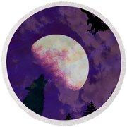 Round Beach Towel featuring the photograph Soaring Howl by Amanda Eberly-Kudamik
