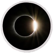 Round Beach Towel featuring the photograph Solar Eclipse Diamond Ring by Lori Coleman