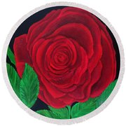Solitary Red Rose Round Beach Towel