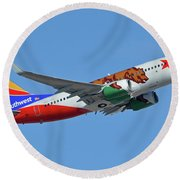 Southwest Boeing 737-7h4 N943wn California One Phoenix Sky Harbor October 16 2017 Round Beach Towel