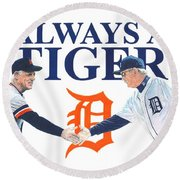 Sparky Anderson And Jim Leyland Round Beach Towel