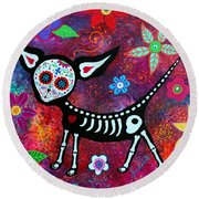 Round Beach Towel featuring the painting Special Perrito by Pristine Cartera Turkus