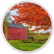 Splendid Red Barn In The Fall Round Beach Towel