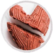 Split Hearts Chocolate Fudge On White Plate Round Beach Towel