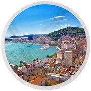 Split Waterfront And Marjan Hill View Round Beach Towel