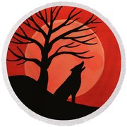 Spooky Wolf Tree Round Beach Towel