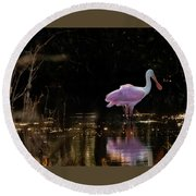 Spoonbill Fishing For Supper Round Beach Towel