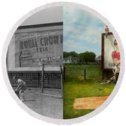 Sport - Baseball - America's Past Time 1943 - Side By Side Round Beach Towel by Mike Savad