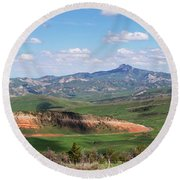 Spring In The Cody Area Round Beach Towel