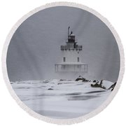 Spring Point Ledge Lighthouse Blizzard Round Beach Towel