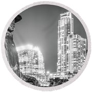 Srv Statue And Austin Skyline Black And White Panorama Round Beach Towel by Paul Velgos