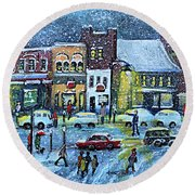 Snowing In Concord Center Round Beach Towel