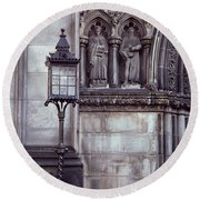 Round Beach Towel featuring the photograph St. Giles Cathedral by Kenneth Campbell