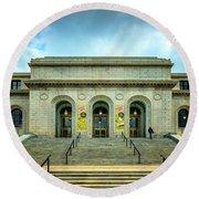 St. Louis Public Central Library 7r2_dsc0581_16-09-01 Round Beach Towel